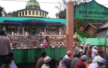 Salat Idul Fitri di Masjid Jami Nurul Hikmah di Desa Muara Untu, Kecamatan Murung Kabupaten Murung Raya, Minggu (25/6/2017).