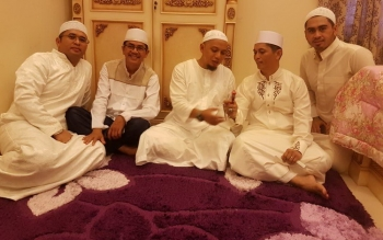 Keakraban Wakil Bupati Kapuas Muhajirin saat menerima kunjungan Ustadz Arifin Ilham.