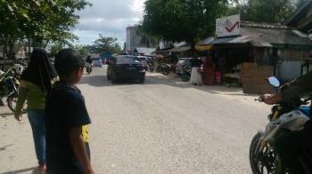Arus lalu lintas menuju objek wisata Pantai Kubu, Kecamatan Kumai, Kabupaten Kobar, cukup lengang, Senin (26/6/2017).