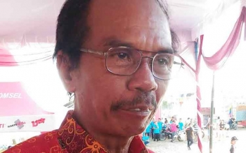 Ketua DPRD Gumas, Gumer.