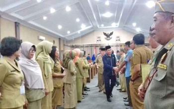 Ketua DPRD Kotim Jhon Krisli usai memimpit paripurna di DPRD Kotim.