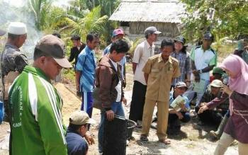 DKPP Sukamara saat memberikan pelatihan kepada petani.