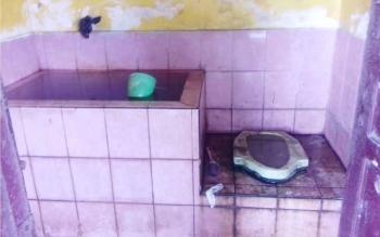 Joroknya WC Taman Kota Sampit