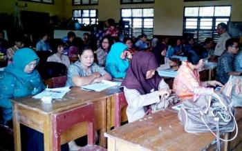 Tampak sejumlah guru di Lamandau saat mengikuti pelatihan, beberapa waktu lalu.
