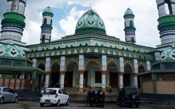 Kawasan Islamic Center yang dijadikan sebagai tempat wisata religi di Jalan Jenderal Sudirman, Sampit, Kotim