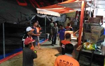 Tenda dan dapur umum yang didirikan BPBD Gumas untuk membantu korban banjir.