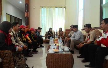 Wali Kota Palangka Raya dan jajaran saat menyambut kontingen pertama peserta KBN, Sabtu kemarin