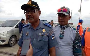 Pelaksana Harian Kantor Syahbandar dan Otoritas Pelabuhan (KSOP) Kuala Pembuang, Abdullah\\r\\n