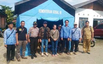 Dapur umum Dinas Sosial Kabupaten Gunung Mas di Kelurahan Tampang Tumbang Anjir, Kecamatan Kurun.