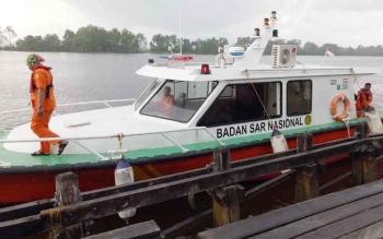 Speed boat Basarnas Sampit saat berada di pelabuhan bongkar muat Kuala Pembuang.