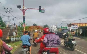 Lalu lintas di Kota Puruk Cahu, Kabupaten Murung Raya.