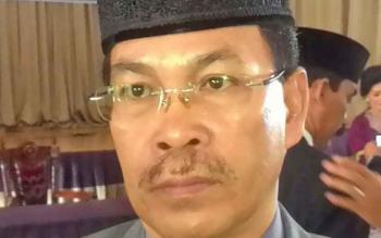 Kepala Dinas Pendidikan Kabupaten Kapuas Ilham Anwar usai dilantik langsung diwawancarai awak media di Aula Pemkab Kapuas Rabu(19/7/2017).