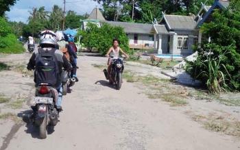 Desa Sungai Baru, Kecamatan Jelai, Kabupaten Sukamara merupakan salah satu peserta pelaksana Pilkades.