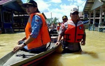Wakapolda Kalteng Cek Kondisi Banjir di Kecamatan Banama Tingang