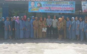 Tim verifikasi Sekolah Ramah Anak saat melaksanakan pengecekan di SDN 4 Menteng baru-baru ini.