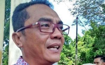 Sigit K Yunianto, Ketua DPRD Kota Palangka Raya usai meninjau kebakaran di SDN 4 Menteng, Jumat.