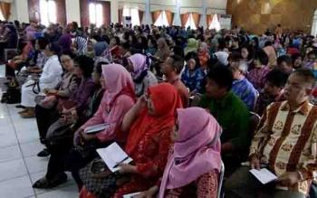 Kepala sekolah se Palangka Raya diberikan arahan terkait persoalan pendidikan.