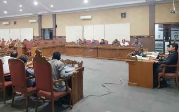 Pembahasan LPj Bupati Kotim 2016 di DPRD Kotim.