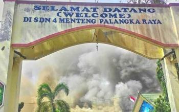 Kondisi SDN 4 Menteng, Kota Palangka Raya, saat terjadi kebakaran akhir pekan tadi.