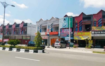 Pertokoan di wilayah Kuala Kurun, Kabupaten Gunung Mas.
