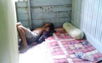 korban Abdul Ajib saat ditemukan tewas di kamar penginapan Kumala, Muara Teweh, Kamis (27/7/2017).