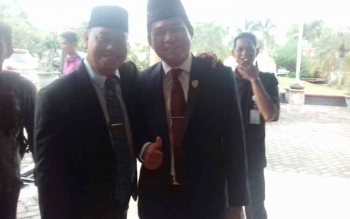 Ketua DPRD Kotim, Jhon Krisli bersama Plt Sekda Kotim H Halikinnor.