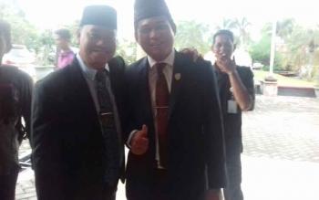 Plt Sekda Kotim H Halikinnor (kiri) dan Ketua DPRD Kotim Jhon Krisli.