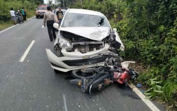 Kecelakaan antara motor dan mobil di jalur Buntok - Palangka Raya.
