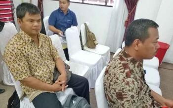 Kepala Desa Tumbang Lampahung Iden di sela mengikuti kegiatan di Kantor Bupati Gunung Mas, Jumat (28/7/2017).