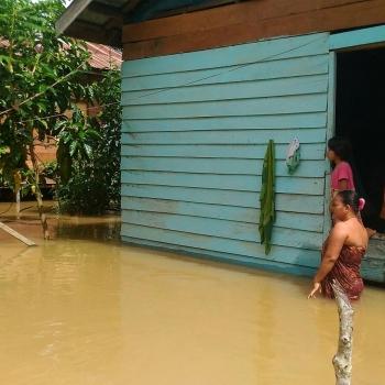 Banjir di Kecamatan Tewah, Kabupaten Gunung Mas, beberapa waktu lalu.