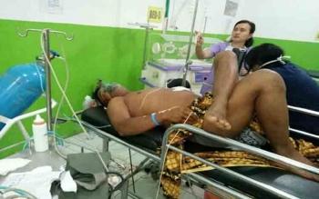 Korban penusukan warga Desa Samba Kahayan sekarat tengah dirawat di RSUD Mas Amsyar Kasongan, Senin (31/7/2017)\\\\r\\\\n