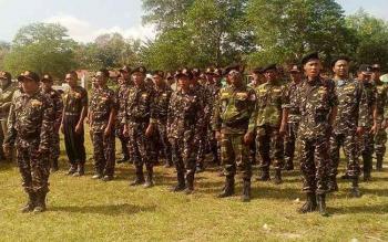 250 Anggota Banser Kabupaten Kobar mengikuti apel di Lapangan Desa Lada Mandala Jaya.