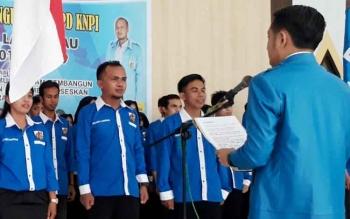 Tampak Ketua DPD KNPI Lamandau, Guzman, dan pengurusnya saat dilantik beberapa waktu lalu.