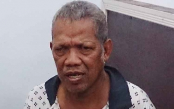 BS (64) siap membantu polisi membongkar jaringan pengedar dan pengguna narkoba di Kumai.