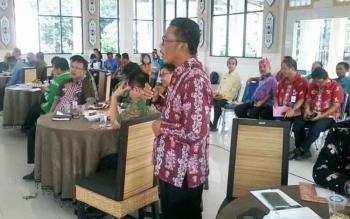 Camat Katingan Tengah Hariawan saat acara coffe morning di pendopo rumah jabatan bupati, Jumat (4/8/2017).