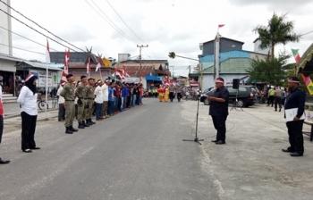 Bupati Sukamara Ahmad Dirman saat membacakan sambutan ketika menyambut kedatangan Tim Ekspedisi Merah Putih Kabupaten Kotawaringin Barat, Sabtu (5/8/2017).