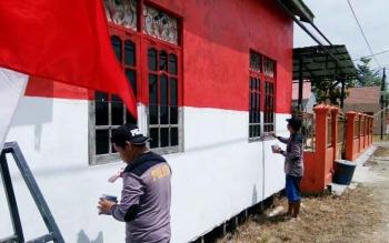 Kampung di Kapuas Ini Dimodif Menjadi Kampung Merah Putih