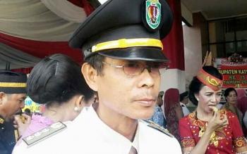 Camat Kamipang, Sukarti