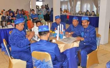 Sejumlah anggota DPRD Kabupaten Barito Utara saat menghadiri kegiatan, beberapa waktu lalu.