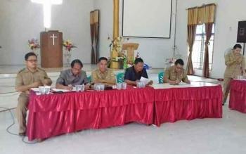 Sosialisasi terkait relokasi kepada warga di Kelurahan Tampang Tumbang Anjir, Kecamatan Kurun, Kabupaten Gumas.