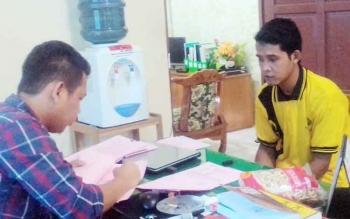 Jhainul Makmur (25) saat diperiksa JPU Leonard Simalango