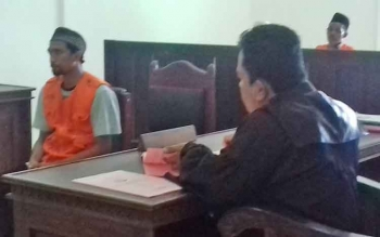 Frediyanto alias Jenggot saat jalani sidang di Pengadilan Negeri Sampit, Rabu (9/8/2017).