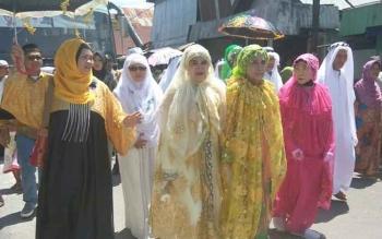Jamaah haji saat tiba di Sukamara usai melaksanakan ibadah di kota Mekah.