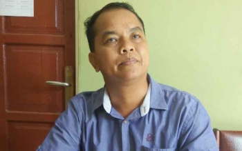 Anggota KPU Kabupaten Murung Raya Divisi Sosialisasi, Alponsis.