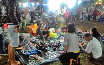 Salah satu lapak pedagang di arena Palangka Fair baru-baru ini.