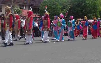 Pawai pembangunan di Kota Sampit.