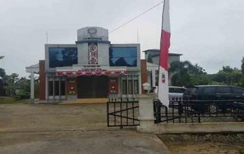 Kantor Koperasi Credit Union (CU) Betang Asi Desa Telok yang dibobol kawanan pencuri, Sabtu (19/8/2017)