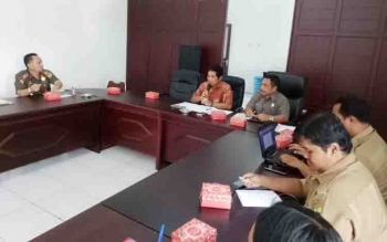 Panitia kontingen Pesparawi Gunung Mas saat rapat persiapan, Selasa (22/8/2017)