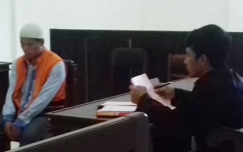 Muhammad Azis saat menjalani sidang vonis di Pengadilan Negeri Sampit, Kabupaten Kotawaringin Timur, Senin (28/8/2017).