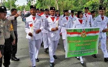 Karnaval yang digelar Kelurahan Bereng, Kecamatan Kahayan Hilir, dalam rangka menyemarakkan HUT RI.